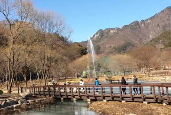 0303 5. 문경새재관리사무소 - 문경생태미로공원 2021년 입장객 1만명 돌파 (3).jpg